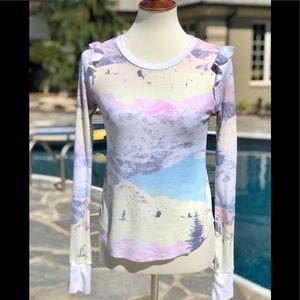 Wild fox size XS snow ski themed thermal shirt